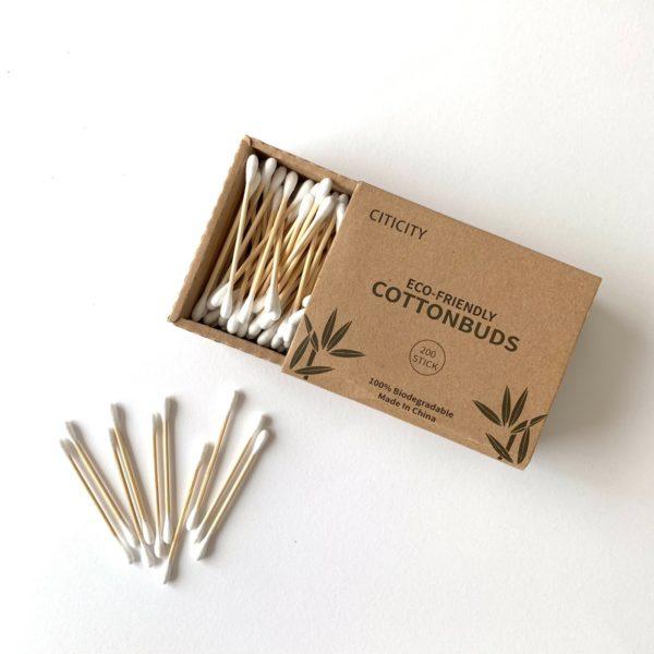 竹でできた綿棒